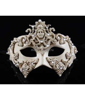 Белая маскарадная  маска Dama